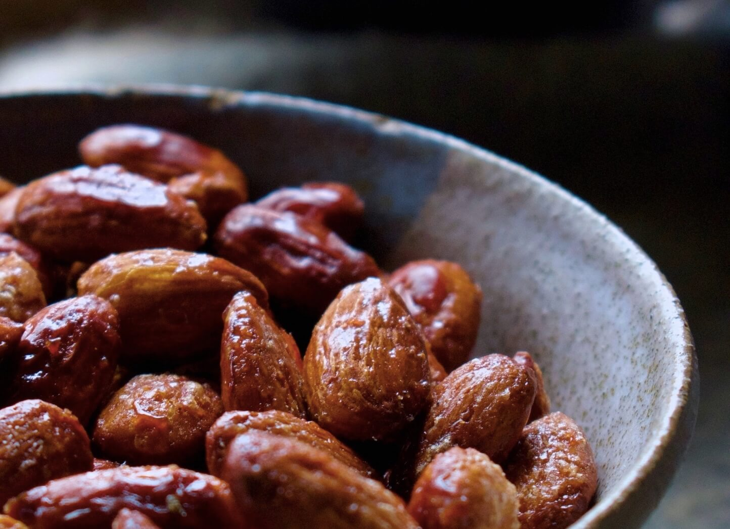 MAPLE WHISKY ROASTED ALMONDS